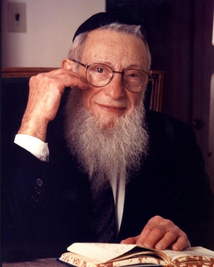 Picture of Rabbi Henoch Leibowitz.