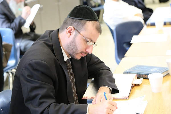 Picture of Rabbi Avi Haber.