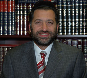 Picture of Rabbi Eli Mansour.