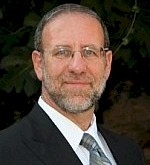 Picture of Rabbi Ari Kahn.